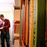 minibibliotek med något för alla
